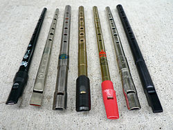 Tin whistle - Wikipedia, the free encyclopedia