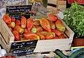 Tomates anciennes au marché de Cavaillon.jpg