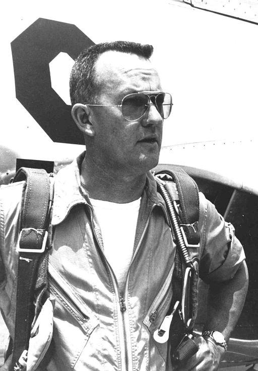 Tony-LeVier jet af