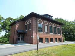 Town Offices, East Kingston NH.jpg