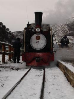 Vista de una de las locomotoras utilizadas por el Tren del Fin del Mundo