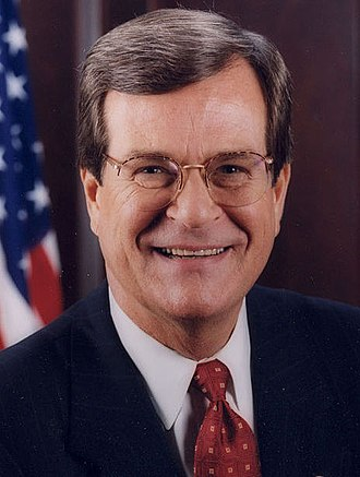 1998 United States Senate elections - Image: Trent Lott official portrait (cropped)