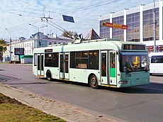 Trolleybus 2789 in the ul. Sovetskaya in Gomel 7 May 2014.jpg