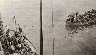 Truppen landen in der Herbertshohe State Library von New South Wales PXA 216.jpg