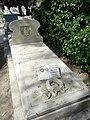 Tumba de Antonio García Quejido, cementerio civil de Madrid..jpg