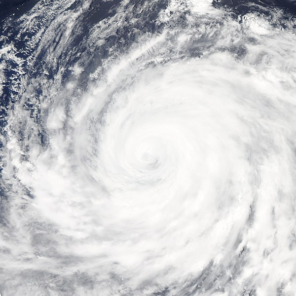 File:Typhoon Ma-on 2011-07-17 0225Z.jpg