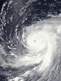 Typhoon Ma-on Jul 16 2011 0145Z.jpg