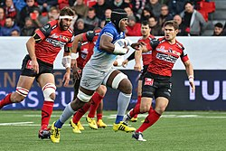 USO - Saracens - 20151213 - Maro Itoje attacking.jpg