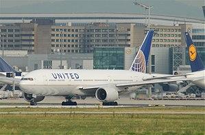 United Airlines Boeing 777-222ER; N773UA@FRA;06.07.2011 603ai (5912127527).jpg