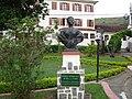 Vassouras - Busto de Eufrásia 2 - High.JPG