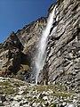 Vasudhara falls Uttarakhand.jpg