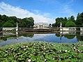 Villa Pisani - Il retro della villa con il parco e la piscina.jpg