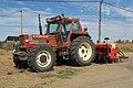 Villalba de la Lampreana, tractor Fiat 130-90.jpg
