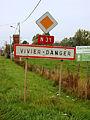 Vivier-Danger-FR-60-panneau d'agglomération-1.jpg