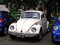 Volkswagen Beetle (18495040664).jpg