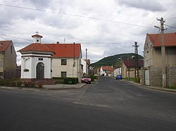 Vrazkov CZ chapel road to Krabcice and Rip Mt 329.jpg