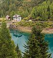 Wandeltocht rond Lago di Pian Palù (1800 m). in het Nationaal park Stelvio (Italië). Huis bij de stuwwand 03.jpg
