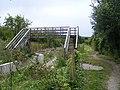 Wendover Arm, new footbridge No 4 - geograph.org.uk - 527514.jpg