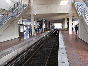 West Falls Church station - The center track, used for train storage