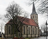 Wettringen, Kirche St. Petronilla, Nordseite.jpg
