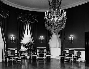 White House Reconstruction - The Blue Room in 1945, with the chandelier that swayed