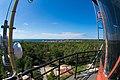 Widok z tarasu latarnia morskiej Hel w kierunku miasta.jpg