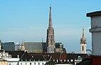 Wien_Stephansdom_Augustinerkirche_Dachlandschaft_2012.jpg