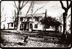 Flowerdew Hundred Plantation - Wilcox House at Flowerdew Hundred, built 1804, demolished 1955.