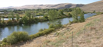 Yakima River - The Yakima River south of Union Gap
