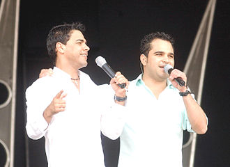 "Lula, Son of Brazil - Zezé Di Camargo & Luciano recorded ""Meu Primeiro Amor"" at the request of Lula."