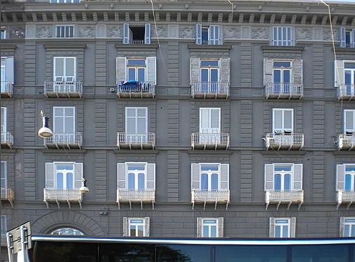 Балконы-Неаполь.jpg