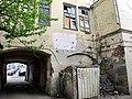 Внутренний фасад московских двориков в Подколокольном переулке - panoramio.jpg
