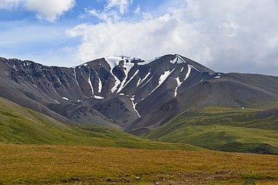 Заснеженная вершина Дунд-Уйгар.Укок.Алтай.jpg