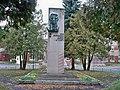 Пам'ятник Лопатіну О., Герою Радянського Союзу.jpg