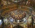 نمای داخلی از کلیسای وانک.jpg
