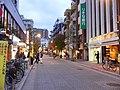 麻布十番商店街 - panoramio.jpg