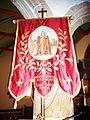020 Ploumilliau Eglise Bannière en l'honneur de saint Milliau.JPG