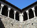 064 Castell cartoixa de Vallparadís (Terrassa), galeria superior del claustre.JPG