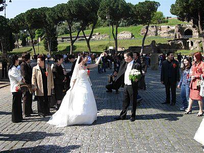09698 - Rome - Colosseum (3506614122).jpg