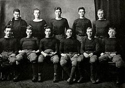 1913 VMI Keydets football team.jpg