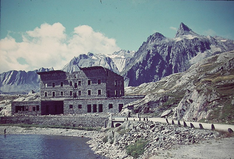 File:1951 Great St Bernard Pass 01.JPG