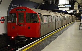 London Underground 1972 Stock - 1972 Tube Stock at Green Park