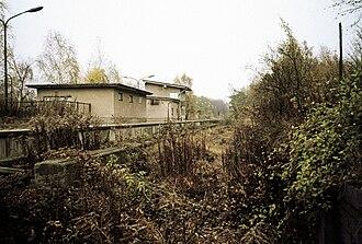 Anhalt Suburban Line - An overgrown Lichterfelde Süd station in 1987