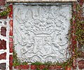 20040625070DR Karlsburg Schloß Wappen Bismarck-Bohlen.jpg