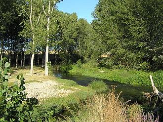 Eresma River - The Eresma River as it passes through Los Redondillos (Los Huertos , Segovia)