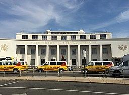 2015-12-08 13 13 00 Main terminal at Ronald Reagan Washington National Airport in Arlington, Virginia