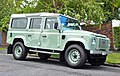 2016 Land Rover Defender (33847296686).jpg