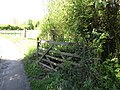 2018-05-05 Private road sign and gate,+Banvilles Cottage Drive, East Runton.JPG