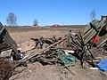 25 мая 2010 года Невская Дубровка. На этом снимке изображено место на полях прямо за маленьким мостиком за церковью, яма - panoramio (1).jpg