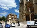 275 Mende Hôtel de ville et cathédrale.JPG